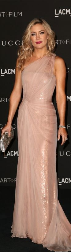 Who made Kate Hudson's pink one shoulder gown, jewelry, and silver clutch handbag that she wore in Los Angeles on November 1, 2014 Gucci     jaglady