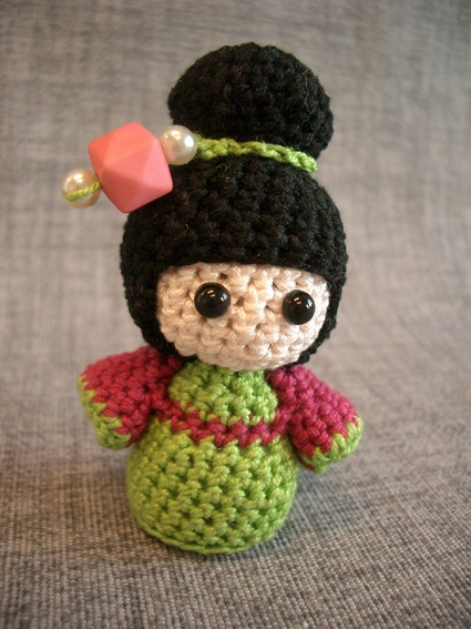 Kokeshi Doll Knitting Pattern : 17 Best images about amigurumi - Kokeshi Doll on Pinterest Girl dolls, Amig...