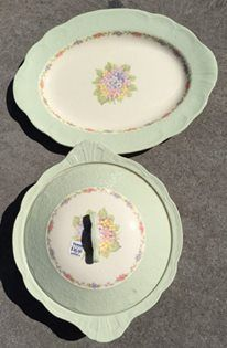 Beautiful antique/vintage platter and serving dish (op shopped)