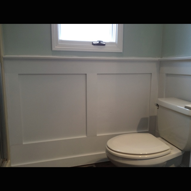 Wainscoting wainscoting in bathroom and wainscoting for Wainscoting bathroom