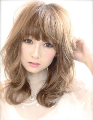 Japanese hairstyle loose curls #6