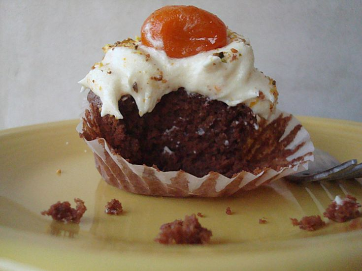 Gluten-free Vegan Chocolate Quinoa Cupcakes with Kumquat Buttercream Frosting - Fork and Beans