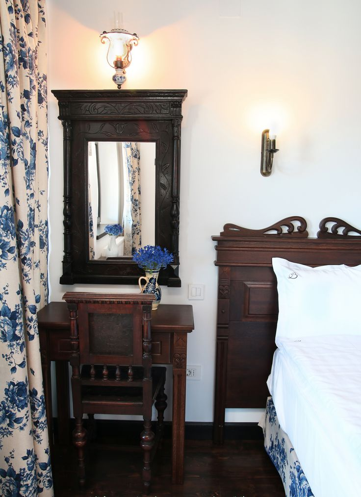 Conac | Boutique Hotel | Conacul Bratescu | Mansion | Bran, Brasov , Romania | Room | Romantic Blue 2| Floral | Interior Design | Blue Decorations | Traditional