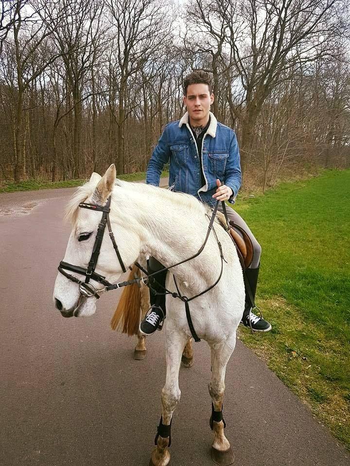 Douwe Bob, Netherlands,Eurovision Songcontest 2016