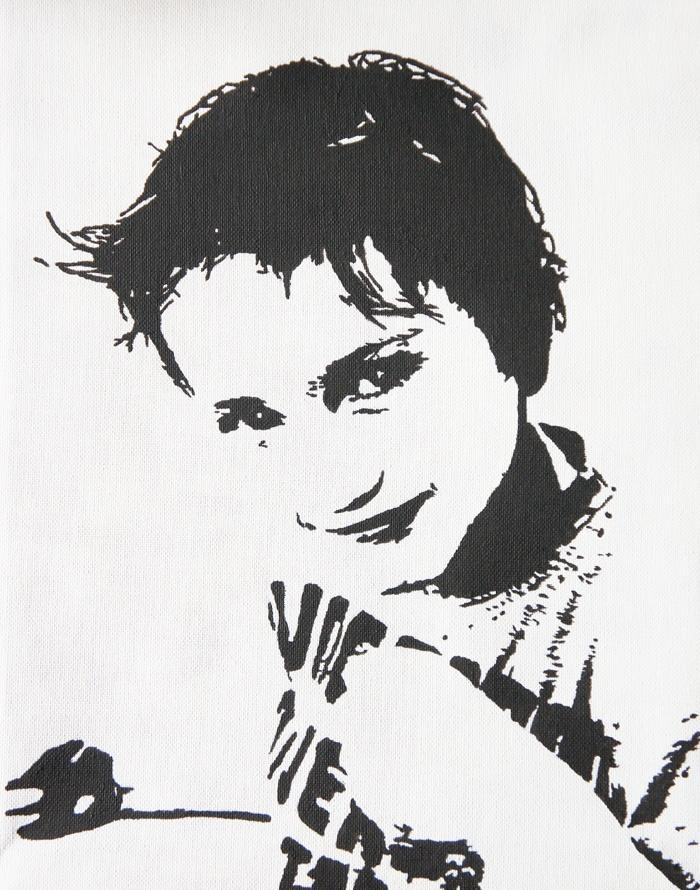Lasse (6 jr) in zwart-wit geschilderd op een doek van 30 X 40 cm. Het is duidelijk wat hij zegt: 'Kom maar op!'