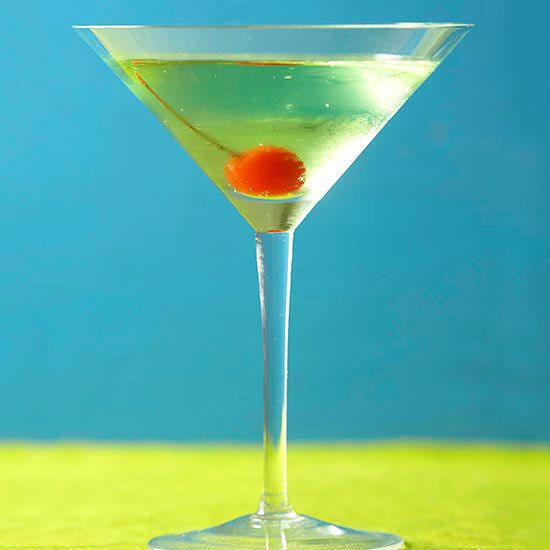 Sour Apple Martini (Sour apple Schnapps and vodka)