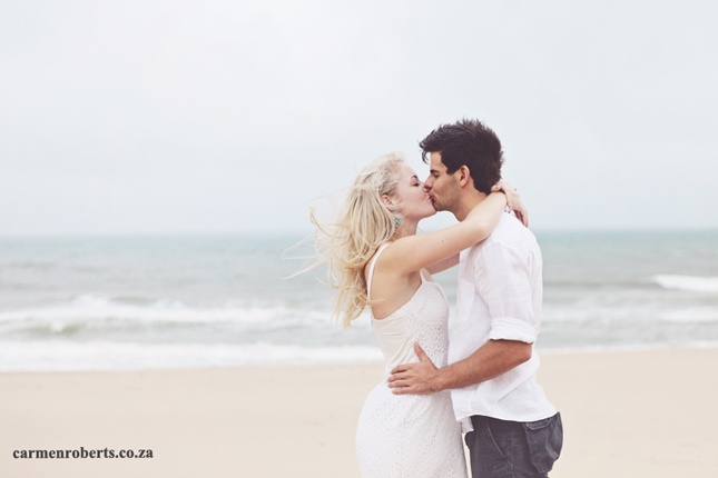 Engagement Shoot on the beach, Jaco & Suzanne! Carmen Roberts Photography