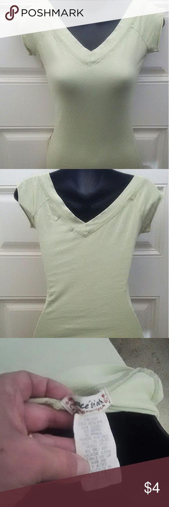 Light Lime Green V-Neck Short Sleeve T-Shirt / Top Light Lime Green v-neck short sleeve t-shirt / top Peace On Earth Tops Tees - Short Sleeve