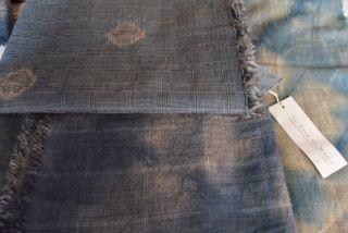 Foulards de lana fria teñidos a mano