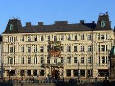 palác lažanských / Santini