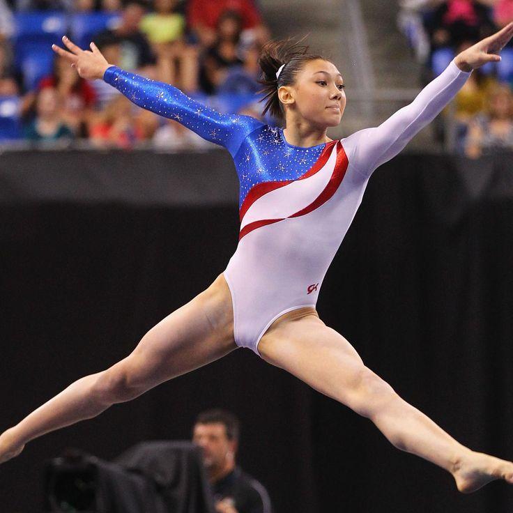 Amateur Naked Sports Gymnastics