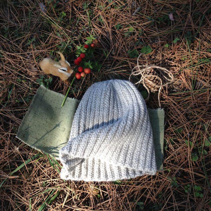 шапка из альпаки ,очень свободная.(54-60)