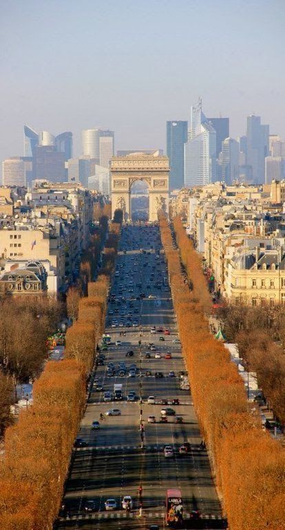 Champ Elysees in Paris, France The world most beautiful avenue❤️