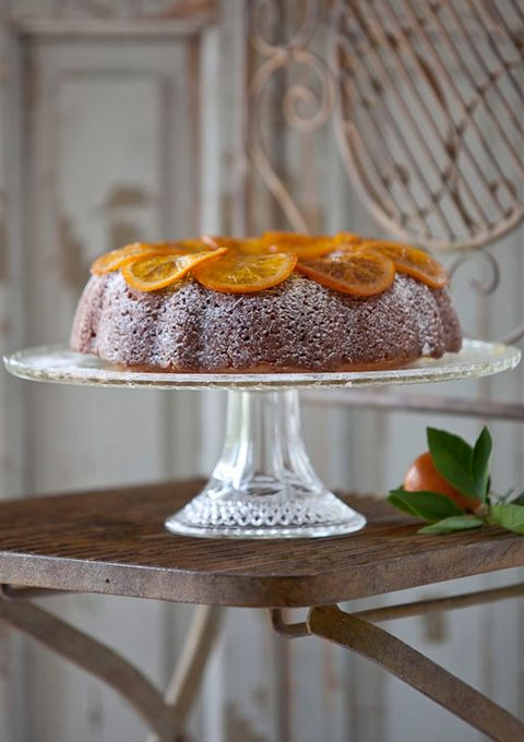 This lovely moist cake bathed in a light citrus syrup, is just made to be eaten with good vanilla ice cream. Recently I had a few slices of it leftover (which is somewhat miraculous in my household, but then again I had covered the container in stick-it notes threatening all sorts of dire consequences should …