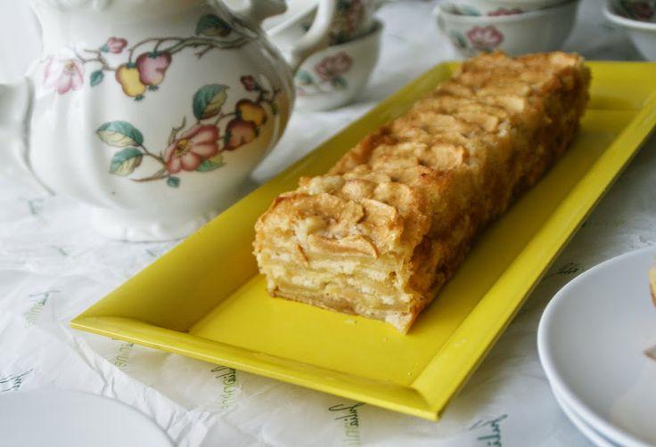 jugando en mi cocina: Tarta de manzana facil y económica