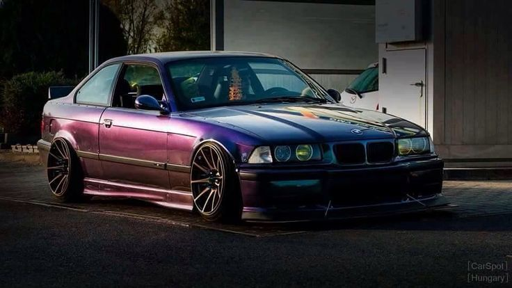 Stunning slammed purple E36