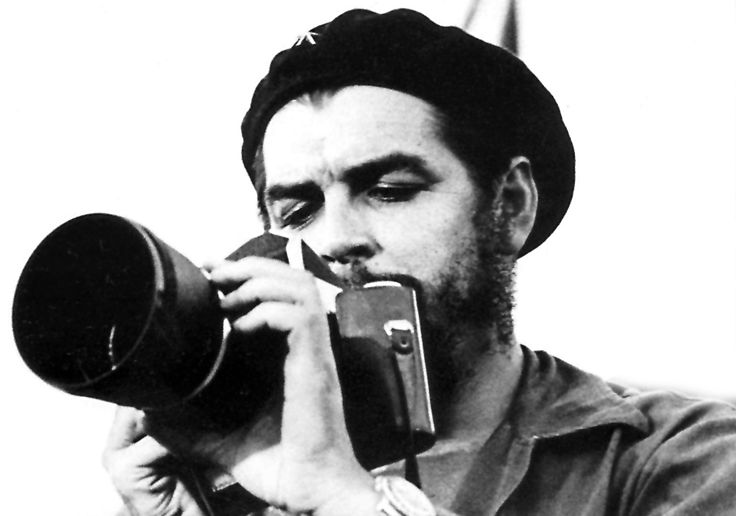 Famous People With a Camera - Ernesto Che Guevara