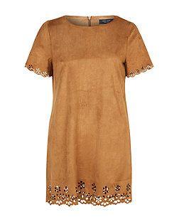 Robe tunique Petite en suédine fauve avec découpes au laser | New Look