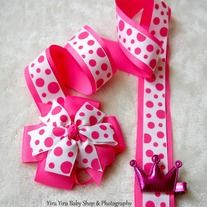 Organize your little ones hairbows & hairclips with this durable 2 layers ribbons holder. *Handmade from smoke free and pet free environment. *Special* Enjoy purchase 2nd holders for FREE shipping.  **IMPORTANT** Please do not leave your little one unattended or allow them to play or sleep wi...