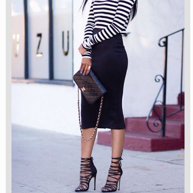 """@makeupbyevon's photo: """"Long black pencil skirt Simple striped shirt Black heels  What do you guys think of this style? ❤️ #fashion  #pencilskirt #shoes"""""""