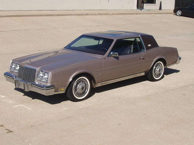 1983 Buick Riviera    ha my husband owned this exact color and model of this car too funny its on here:)