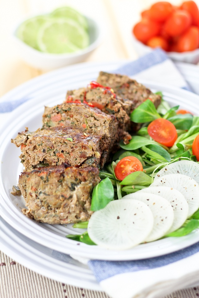 Vegetable Overload Individual Meatloaves   by Sonia! The Healthy Foodie   #Whole30 #Paleo #Beef