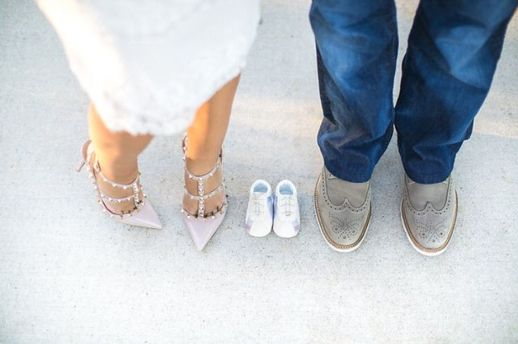 Pregnancy Announcement #shoes #valentino #burberry