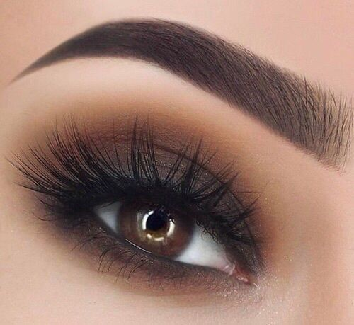 Intense brown eyes