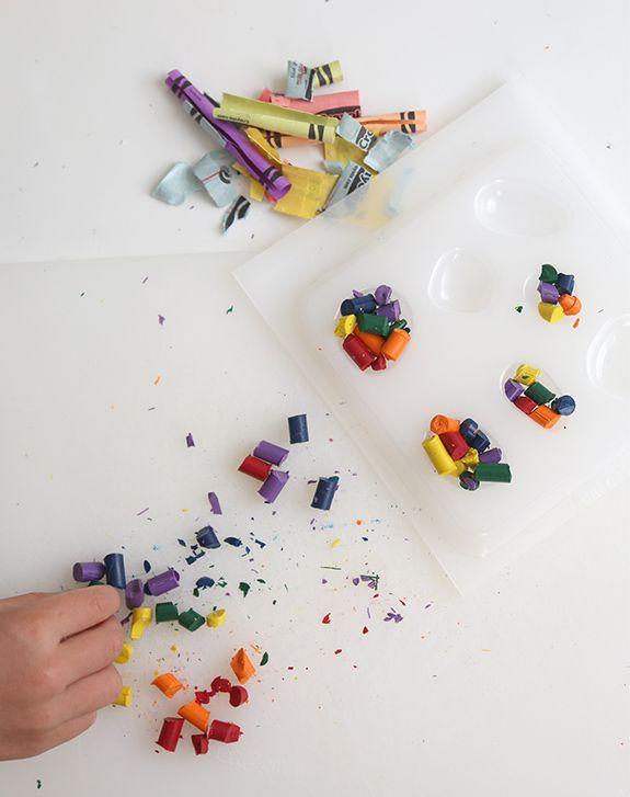 DIY Crayon rocks