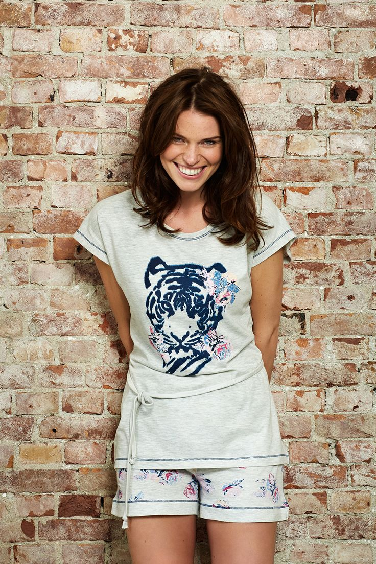 Tempting Tiger with pretty pink roses light grey shorty set