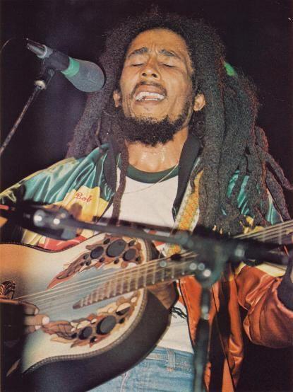 Bob Marley (6 février 1945 - 11 mai 1981) Chanteur jamaïcain