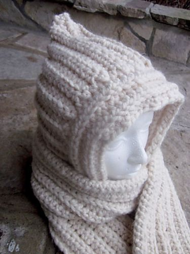 A SCOODIE – Your how to guide for a hooded scarf pattern by bobwilson123