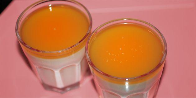 Fænomenal dessert med hvid chokolade og vanilje samt en flot gelé af havtornsaft (eller anden frugtsaft) på toppen.