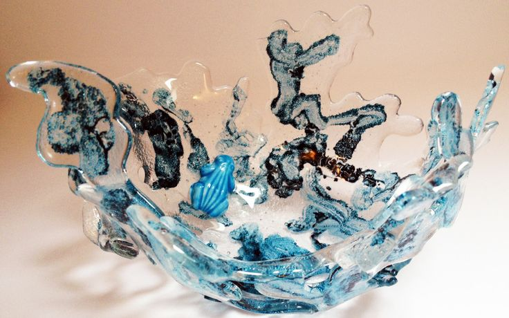 Sculptural glass work, made by designer and artist Louise Lagoni.