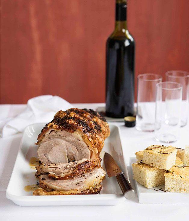 Porchetta with rosemary focaccia (porchetta stile di Ariccia servite con focaccia al romarino)