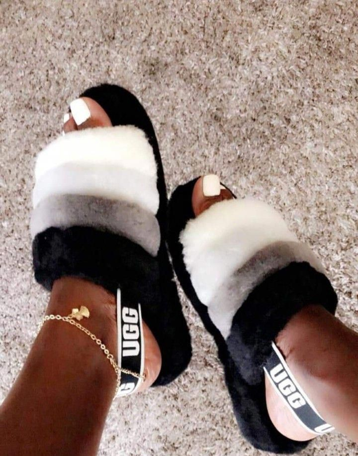 Ugg slippers, Ugg sandals, Slippers outfit