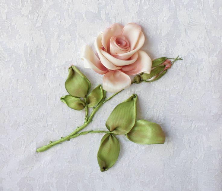 В этом видео вы увидите пошаговый процесс тонировки розы.