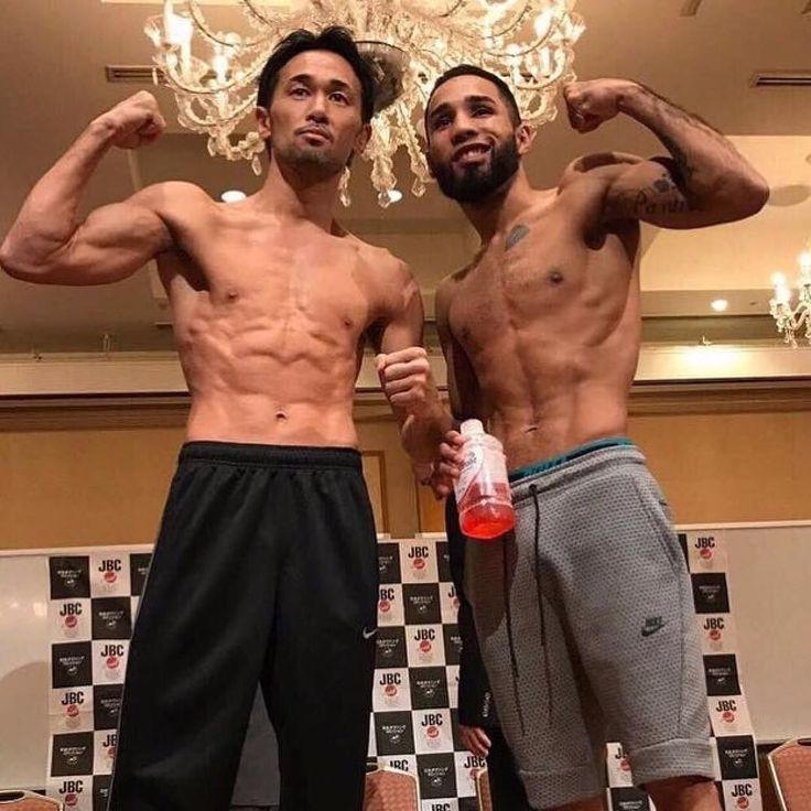 Repost from @supremeboxing  Weigh in results: @wbcboxing Bantamweight Champion Shinsuke Yamanaka & Luis @panterita_nery_  both weigh in 118 lbs. Fight will be shown live tomorrow morning Aug. 15 at 6:45amET / 3:45am PT on @beinsportsenespanol in the US! #YamanakaNery #SupremeBoxing #GodsLeft #Panterita #Japan #Mexico #BoxeoMexicano #Boxing #boxingheads #boxingfans #frontproofmedia #frontproof #ShinsukeYamanaka