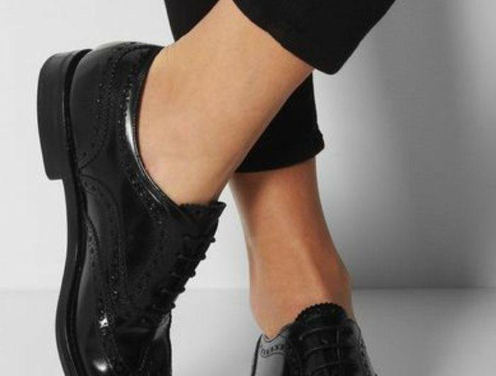 chaussures-noires-chaussures-derbies-noires-femme-chaussures-laquées-femme