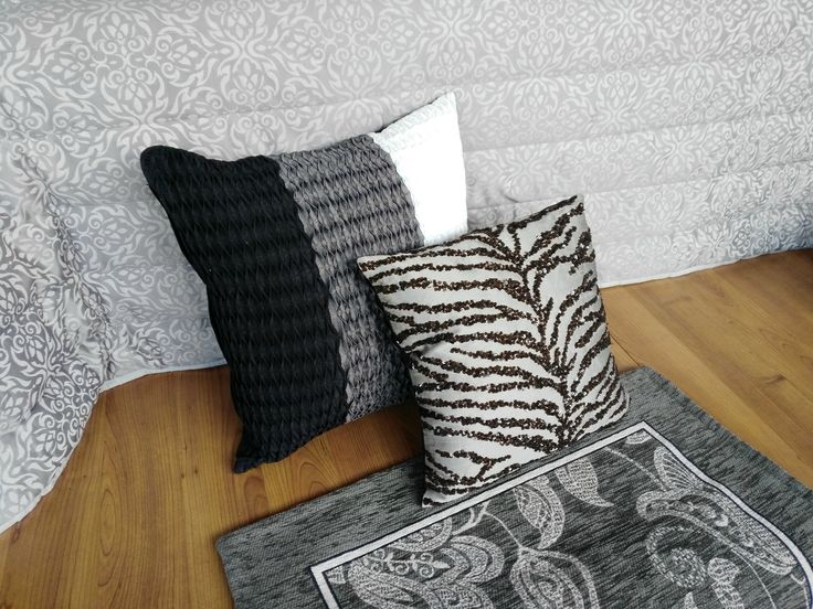 #escaparate #cojines #cushions #grey #black #white
