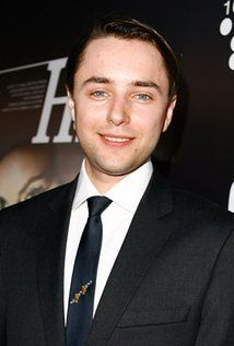 Vincent Kartheiser  Born: May 5, 1979 in Minneapolis, Minnesota, USA