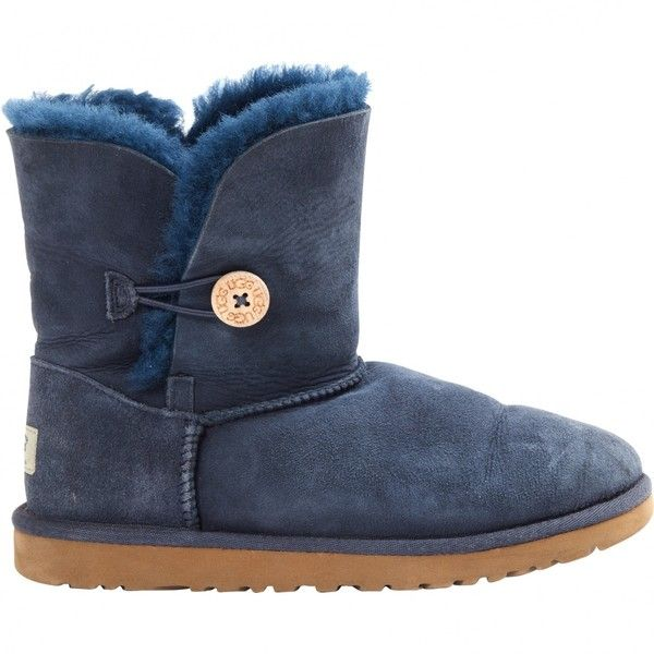 Pre-owned Ugg Snow Boots ($139) ❤ liked on Polyvore featuring shoes, boots, navy, women shoes boots, navy blue boots, ugg shoes, navy blue shoes, navy shoes and ugg boots