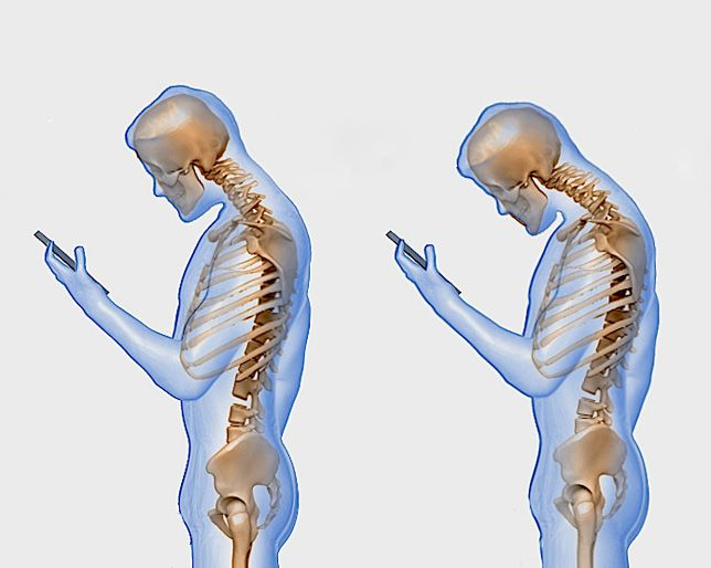 Here's What Texting Really Does to Your Spine | Women's Health Magazine