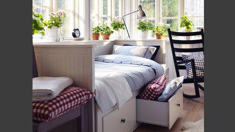 IKEA Catalog 2015, smaller bedroom