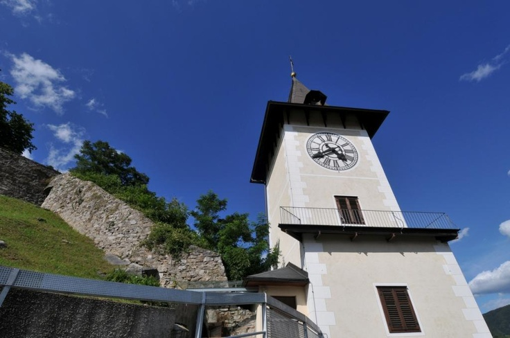 Uhrturm am Brucker Schloßberg