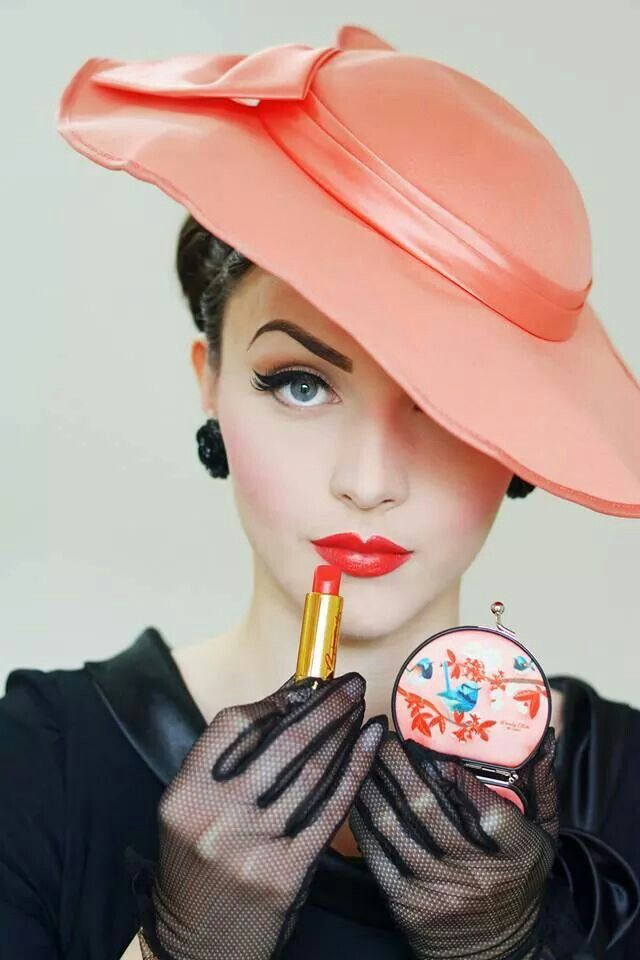 IVM and a GORGEOUS peach hat!