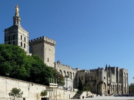 Le palais des Papes, Avignon, France