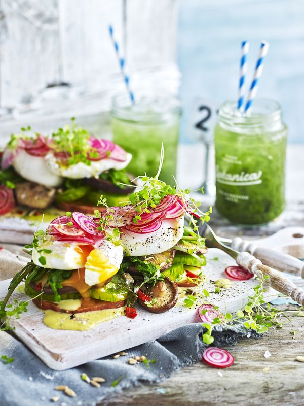 james moffatt photography healthy breakfast with power green juices