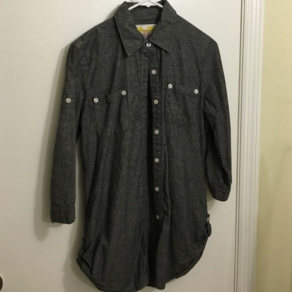 3/4 sleeve dark gray canvas button down top 🌸 | Buttons, Canvases ...