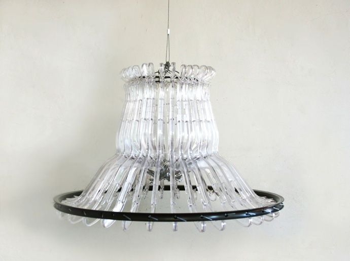 THIS LOOKS AMAZING!!!! coat hangers???  Recycle! Creative Lamp Using Wood or Plastic Clothes Hangers
